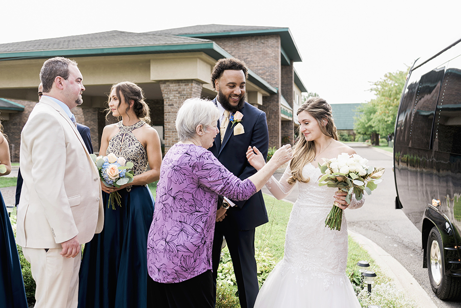 7 Tips to Make Your Detroit Wedding Stress Free - Skip the Receiving Line