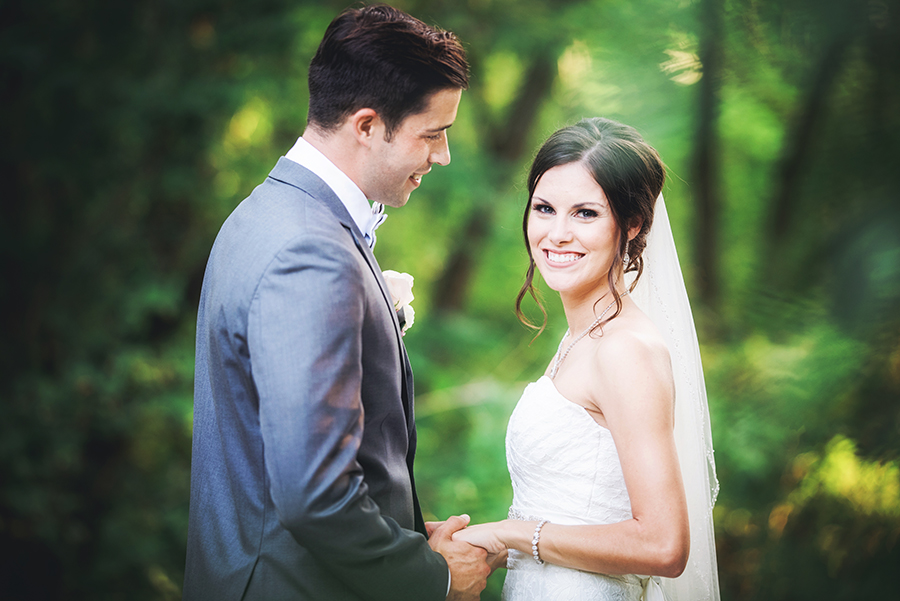 Elopements in Michigan - Eloping Couples